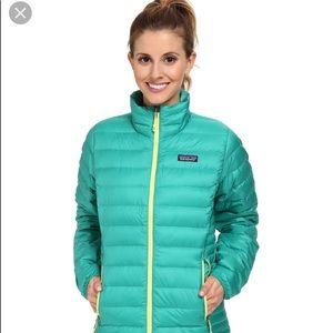 Patagonia green down sweater like new